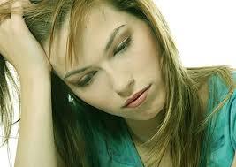 Da xanh và môi nhợt màu được xem là dấu hiệu mang thai mà dân gian vẫn truyền tai nhau
